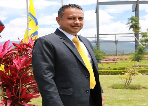 presidenteRodolfoVillalobos