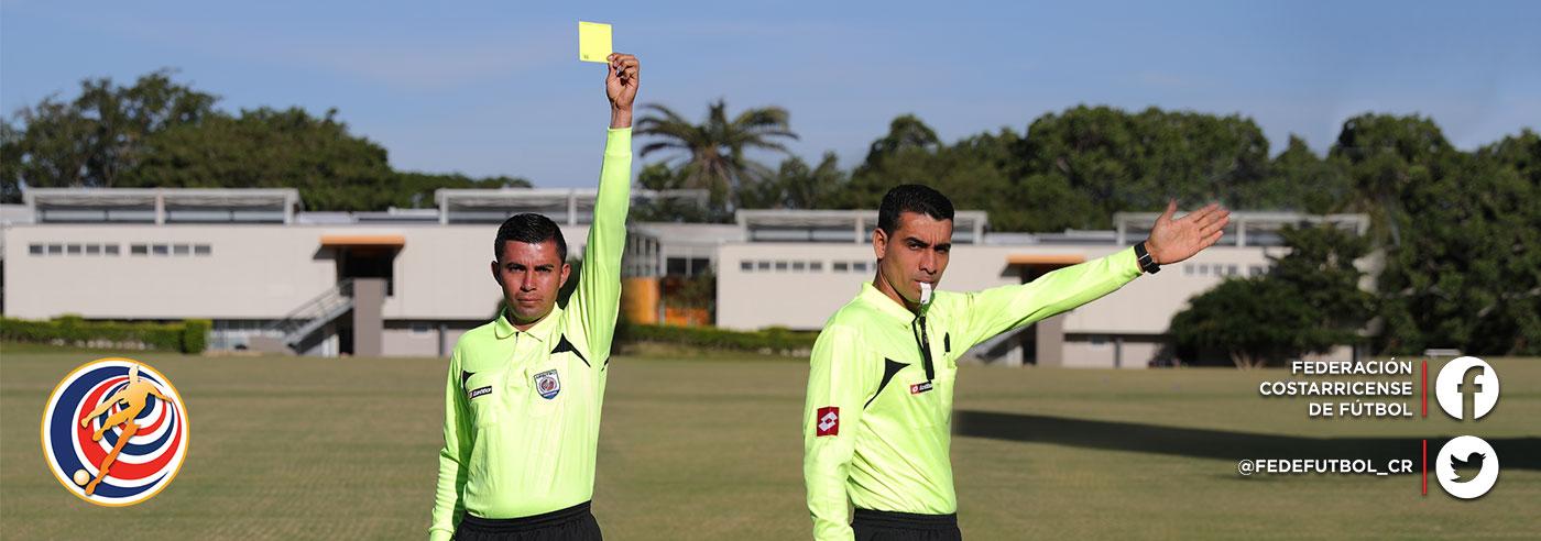 Dos nuevos árbitros tendrán gafete FIFA