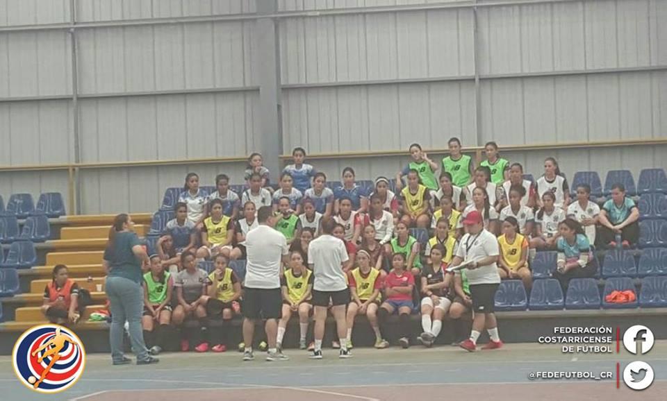 Futsal sub 18 femenino dio primer paso