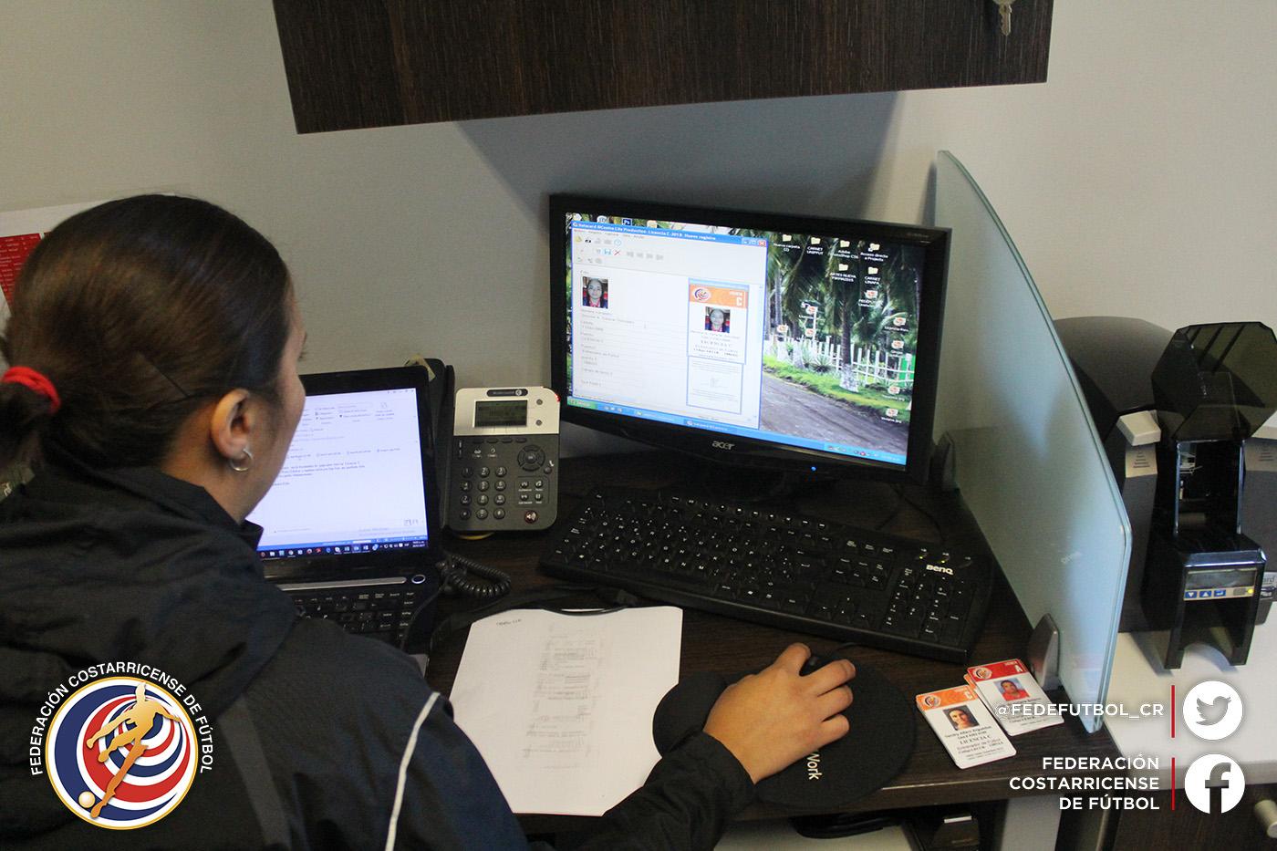 Cursos para licencia de entrenadores se reciben virtualmente