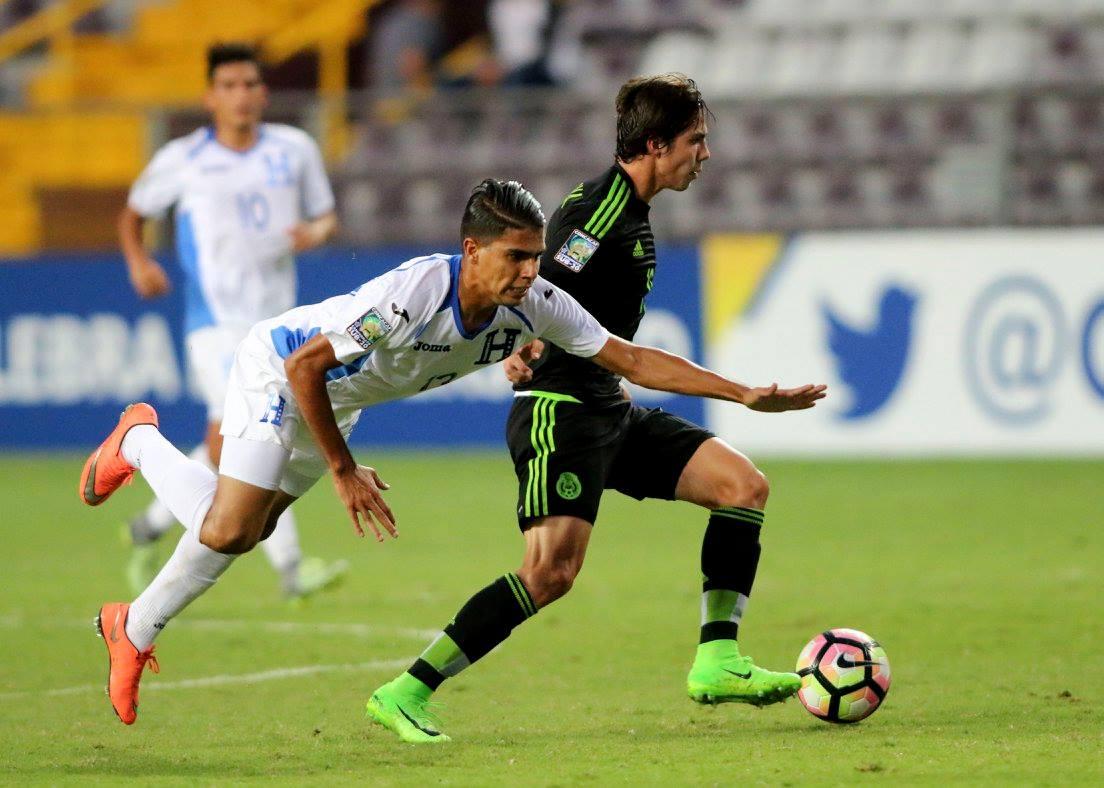 México cierra líder del grupo A, Honduras segundo