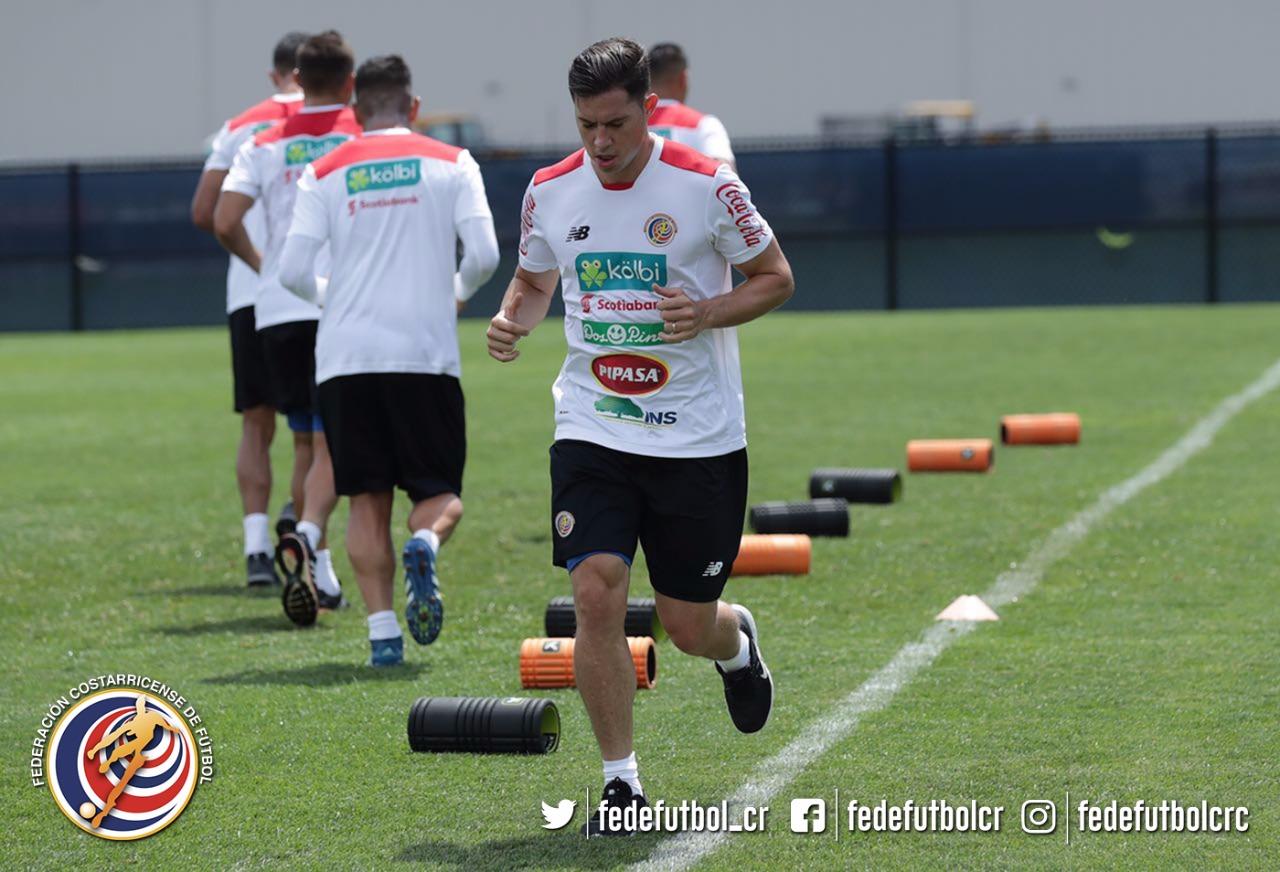Oviedo regresa a Costa Rica