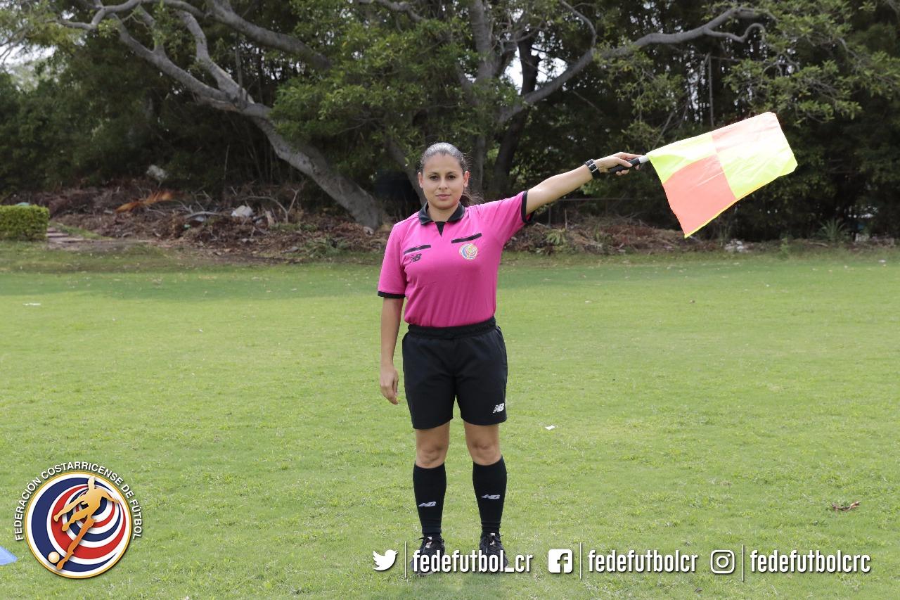 Nelly Alvarado debutará en Primera División