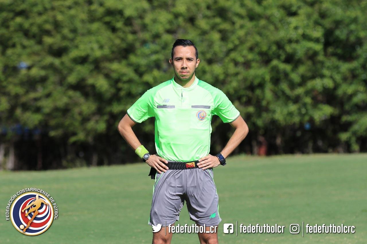 Benjamín Pineda: un árbitro en ascenso