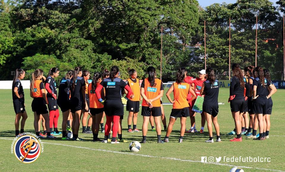 Femenina se prepara para Barranquilla y eliminatoria