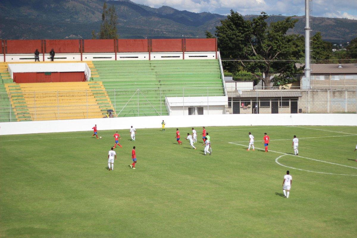 Juveniles abren con empate torneo centroamericano