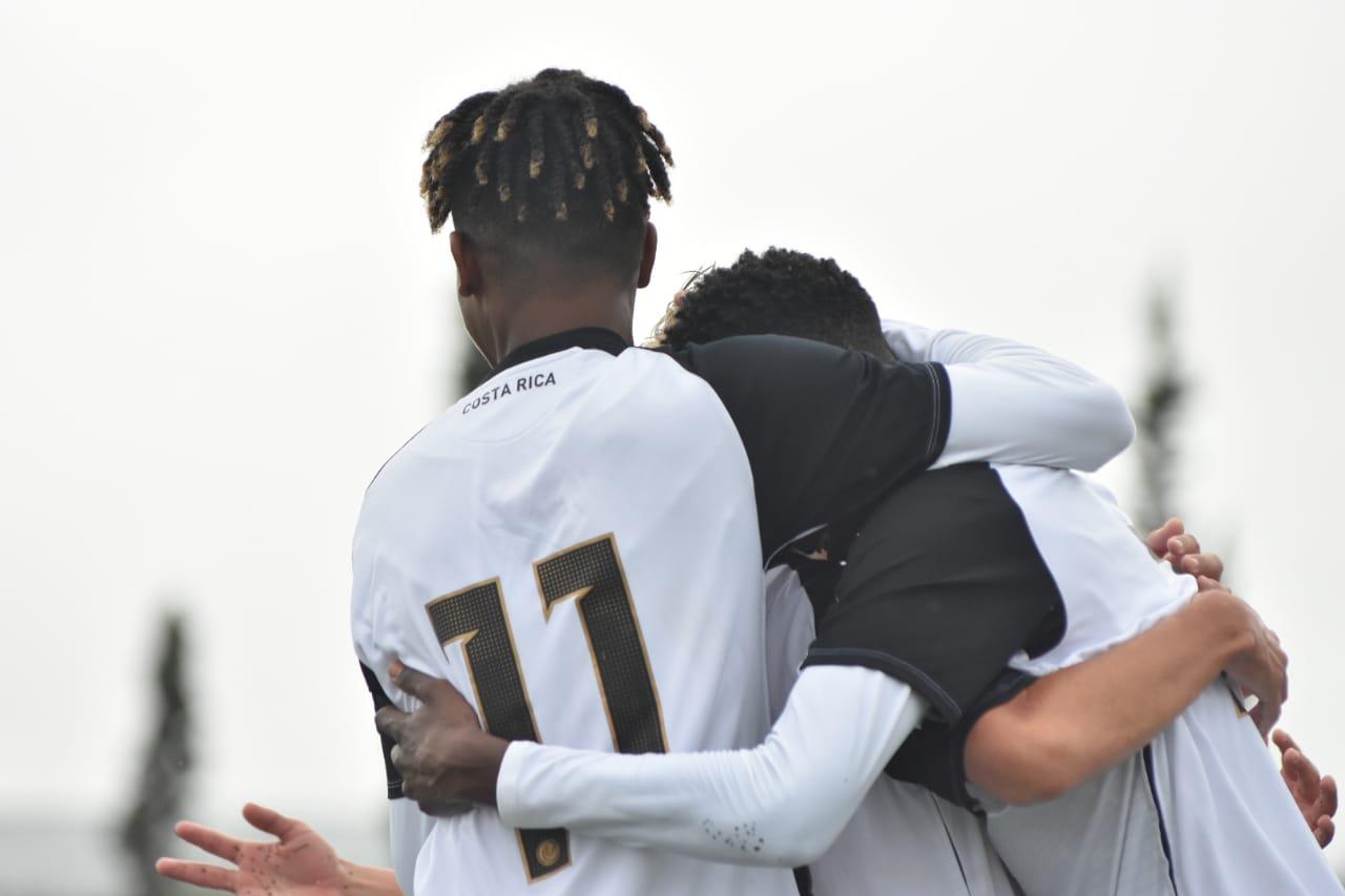 Sub 15 arranca con empate gira por Argentina