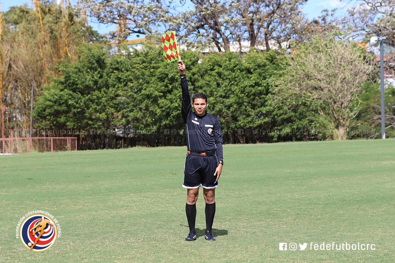 Ricardo Martínez es el árbitro asistente más regular del Campeonato Nacional