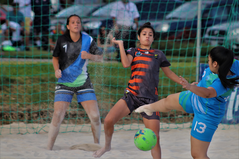 Fútbol Playa inaugura I Campeonato de Primera División Femenino