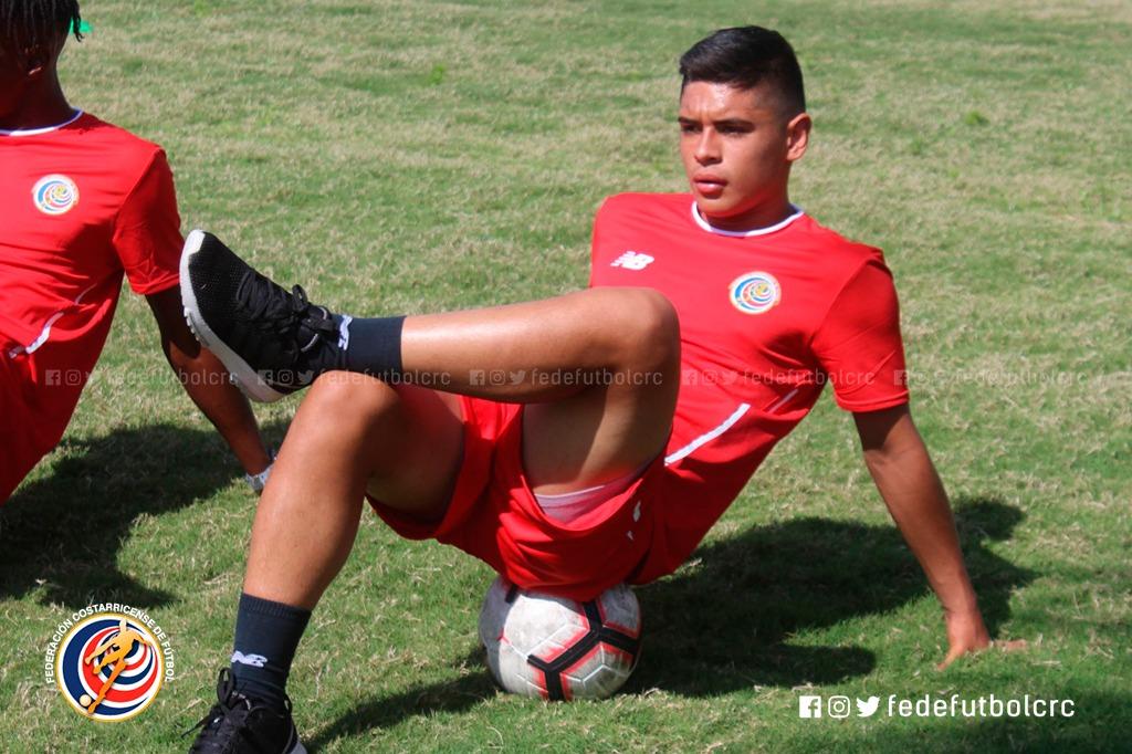 "Joshua Espinoza: ""buscamos un gane que nos de confianza para avanzar"""