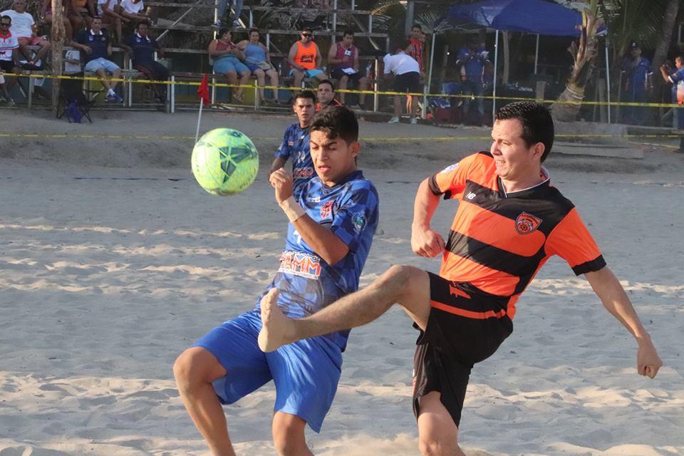 Leones Indomables y Puntarenas Junior  a la cabeza del campeonato nacional