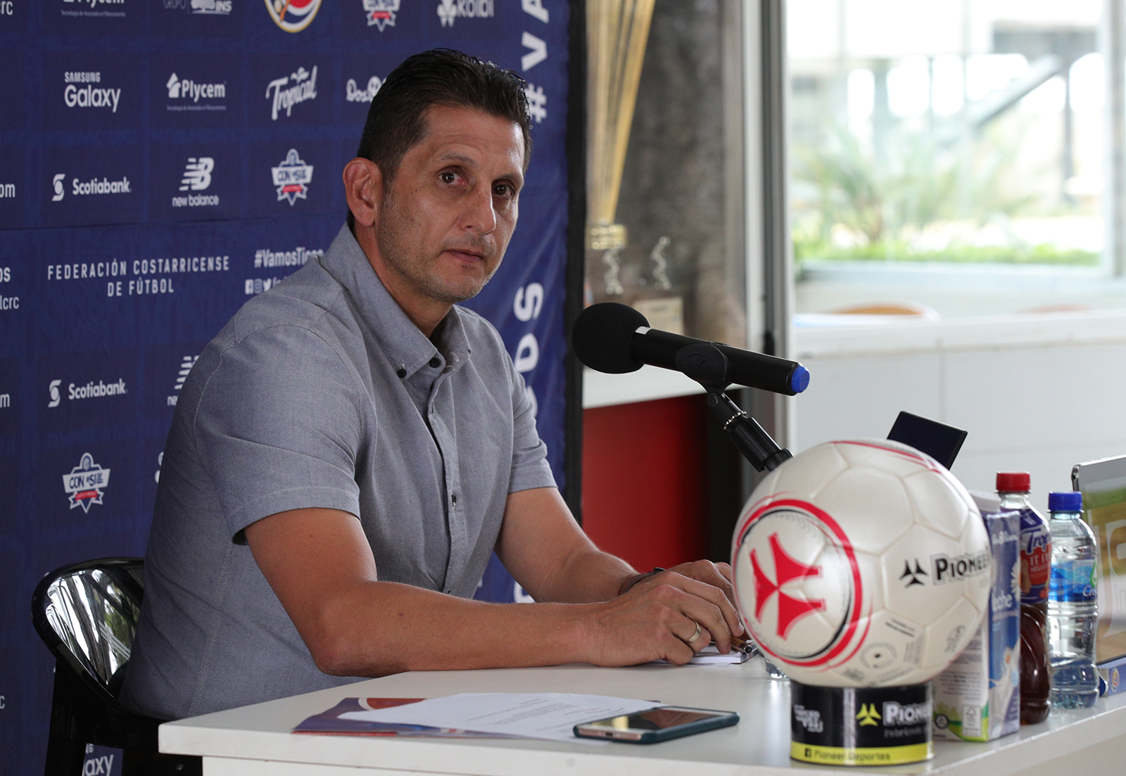 """Ronald González: """"Si queremos una renovación debemos darle espacio a los jóvenes en la Selección"""""""
