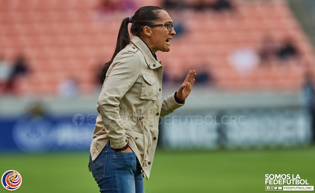 """Amelia Valverde: """"Toda nuestra energía está en plantear una buena semifinal"""""""