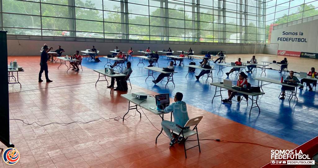 Cuerpos técnicos de las Selecciones se reúnen bajo estrictas medidas sanitarias