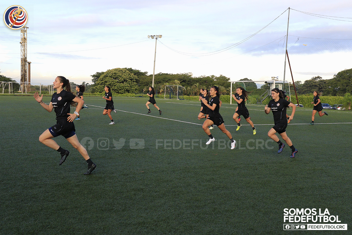 Gran intensidad y competencia sana prevalecen en la Sub-20 femenina