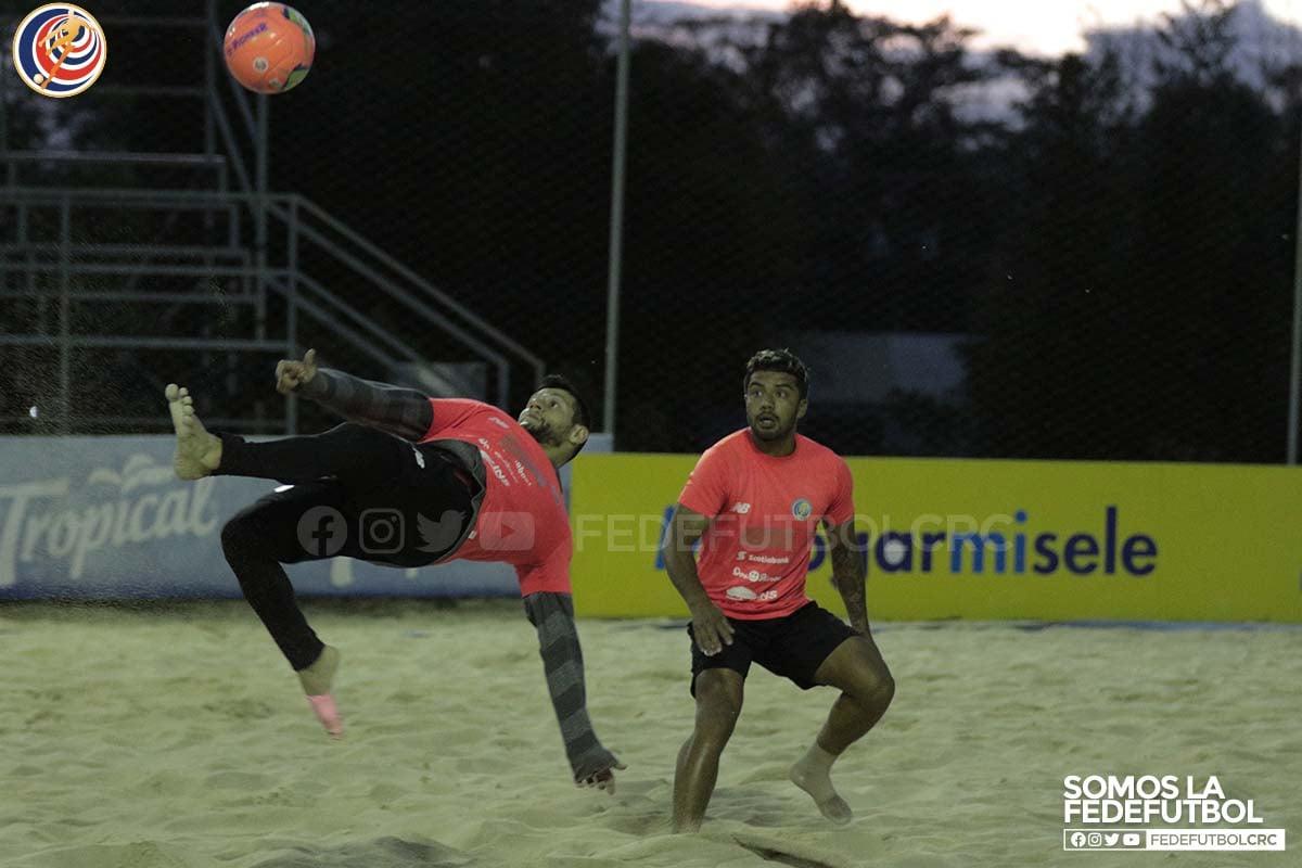 Selección de Fútbol Playa alista fogueos internacionales