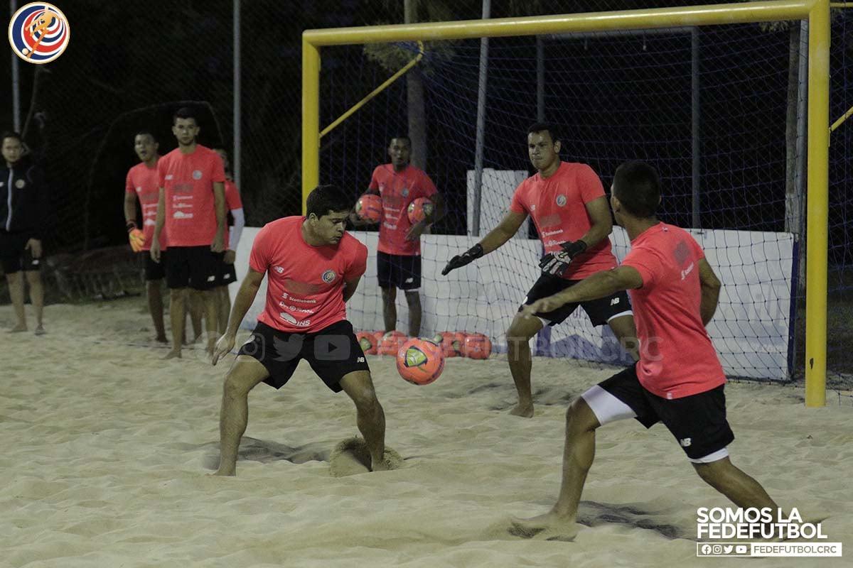 """Rodolfo Villalobos: """"Tenemos un gran equipo de trabajo para el Premundial de Playa"""""""