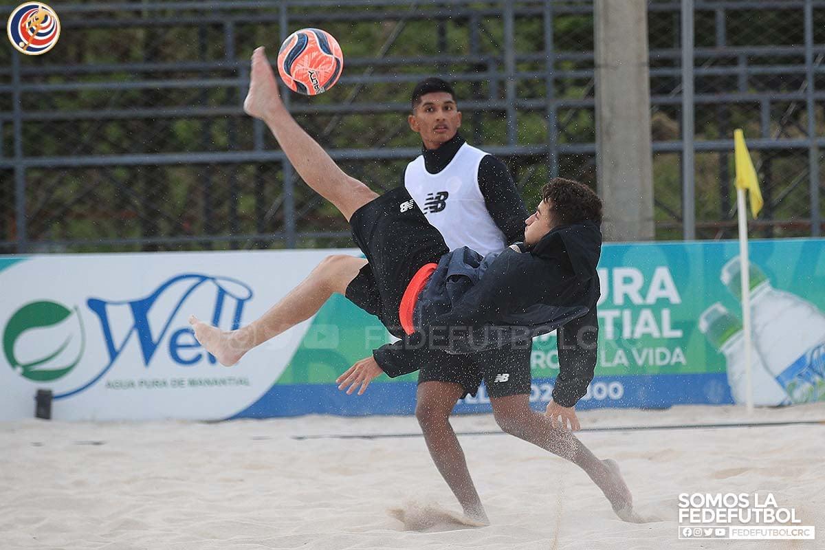 La Selección de Fútbol Playa entra en la recta final rumbo al Premundial