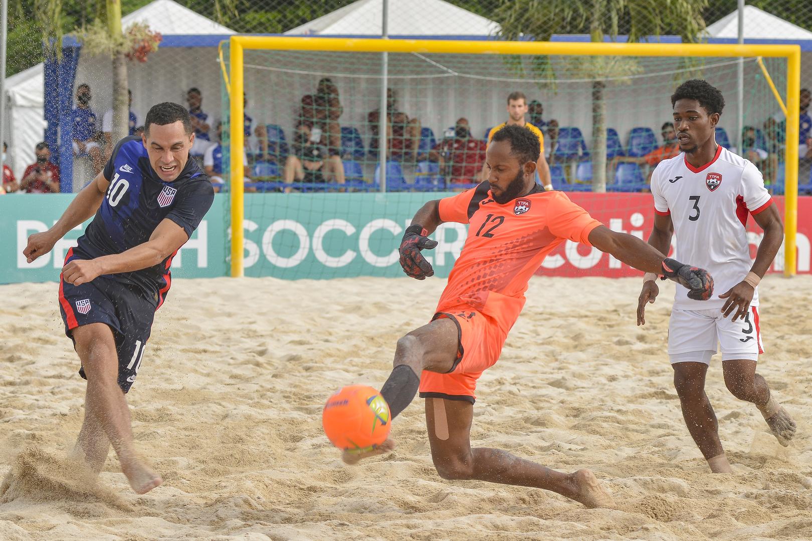 Resumen de la segunda jornada del Campeonato de Fútbol Playa Concacaf 2021