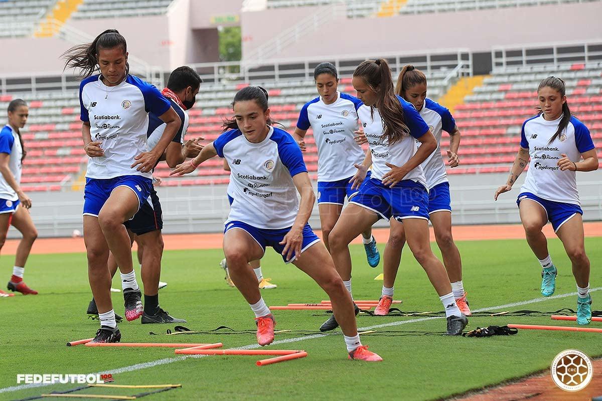 Femenina reconoció el Estadio Nacional