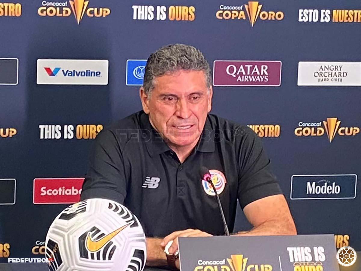 """Luis Fernando Suárez: """"Quiero ver algunas caras nuevas"""""""