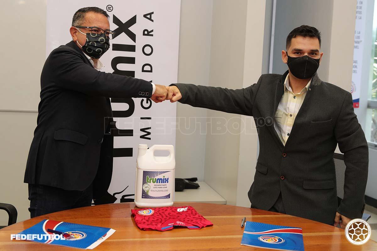 Empresa Trumix® seguirá en la familia de la Fedefútbol por cuatro años más